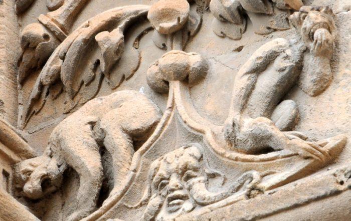Homínido escatológico, Salamanca