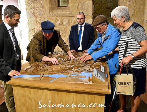 En Monumenta Salmanticae, Salamanca se toca con los dedos.