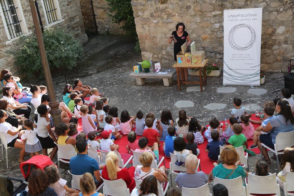 Ferias y Fiestas 2019 La fábrica de cuentos XIII Festival de Artes de Calle Salamanca Septiembre
