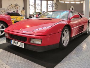 Museo de Historia de la Automoción de Salamanca MHAS Ferrari 348 BT Octubre 2021