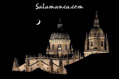 Salamanca, junto a la Luna