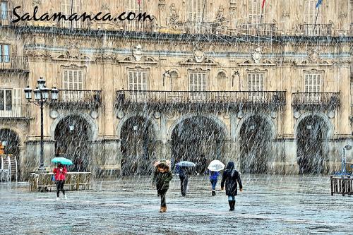 Salamanca y su Plaza Mayor, de nieve