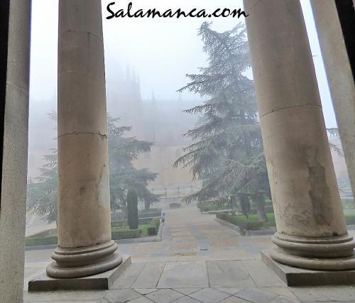 Salamanca, entre nieblas y columnas
