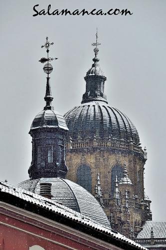Salamanca, torres y nieve