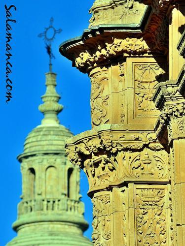 Salamanca de tarde, filigrana plateresca y Clerecía
