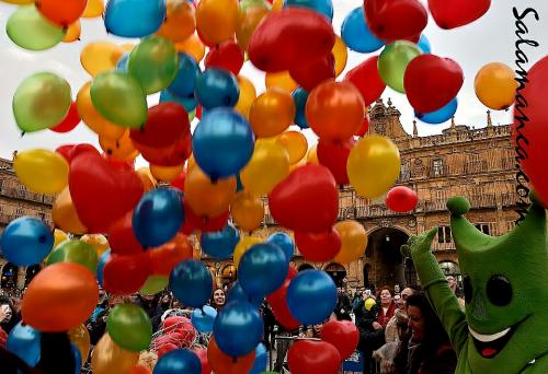 Salamanca, PYFANO y globos al viento