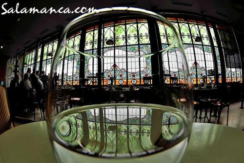 Salamanca, Casa Lis para beberla en sorbos de colores
