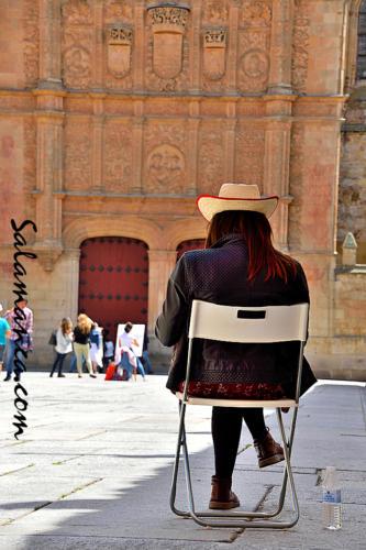 Salamanca, leer, descansar, mirar