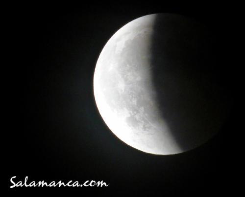 Eclipse de luna... Volviendo a la luz