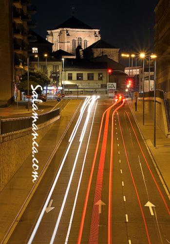 Luces de ciudad y noches en San Esteban