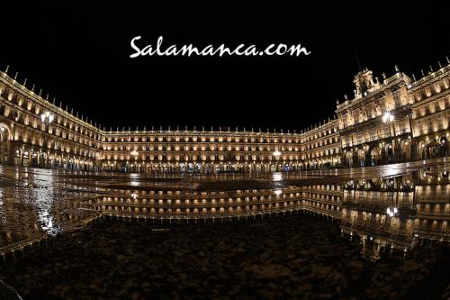 Salamanca se vuelve a iluminar con la lluvia