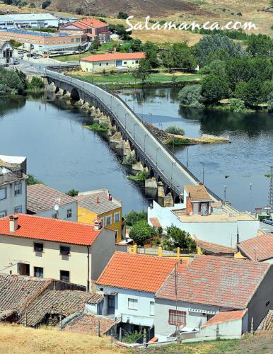 Alba de Tormes... Y un puente medieval para salvar el río Tormes