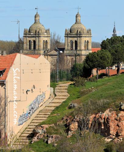 Iglesia Nueva del Arrabal.. Otras torres, otros caminos