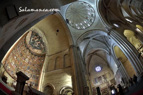 Era baja, oscura y fría... Catedral Vieja