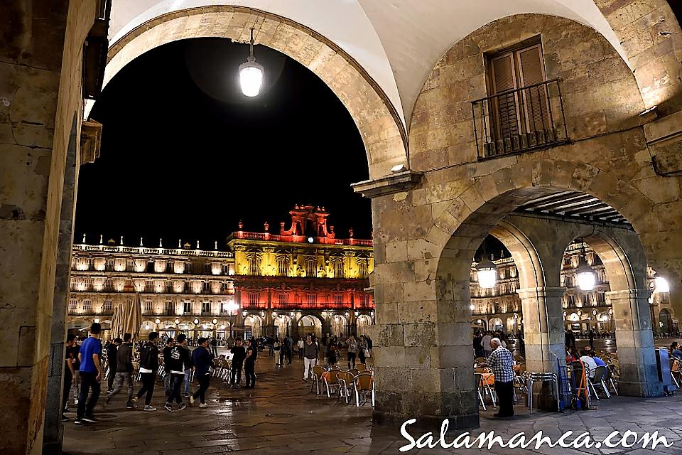 Plaza Mayor Día de la Hispanidad Salamanca Octubre